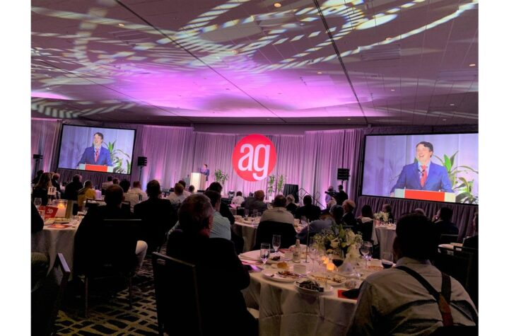 AlphaGraphics recognizes top franchisees at annual conference
